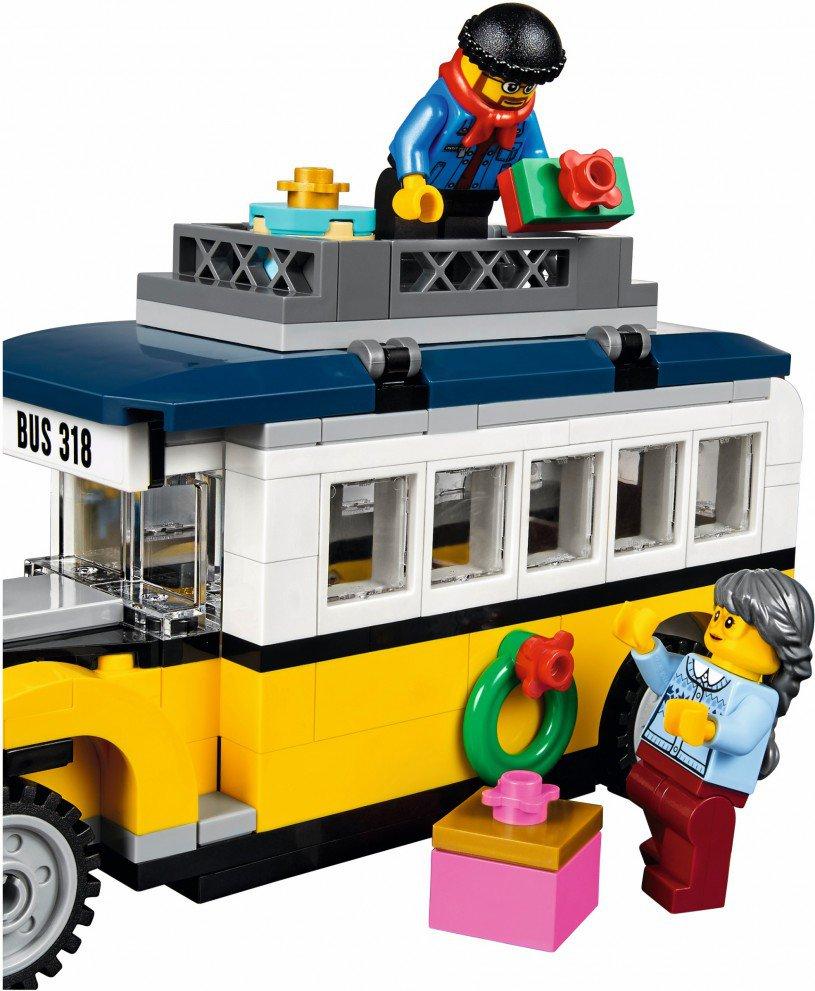 LEGO 10259 Creator: Winterdorp station