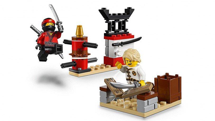 LEGO 10739 Juniors: Ninjago Haaienaanval