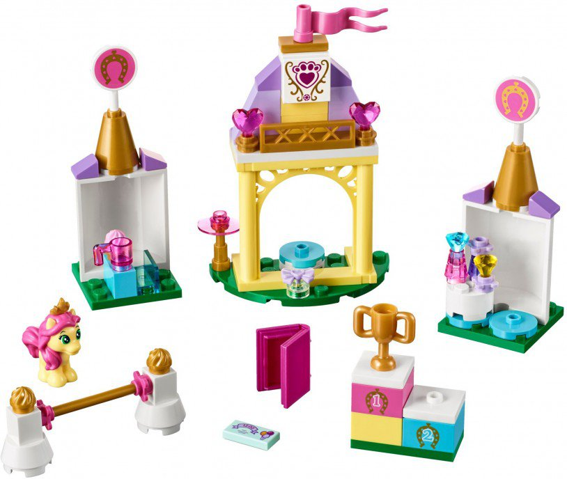 LEGO 41144 Disney Petite's koninklijke stal