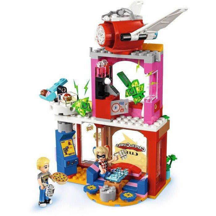 LEGO 41231 Super Heroes Girls Harley Quinn schiet te hulp