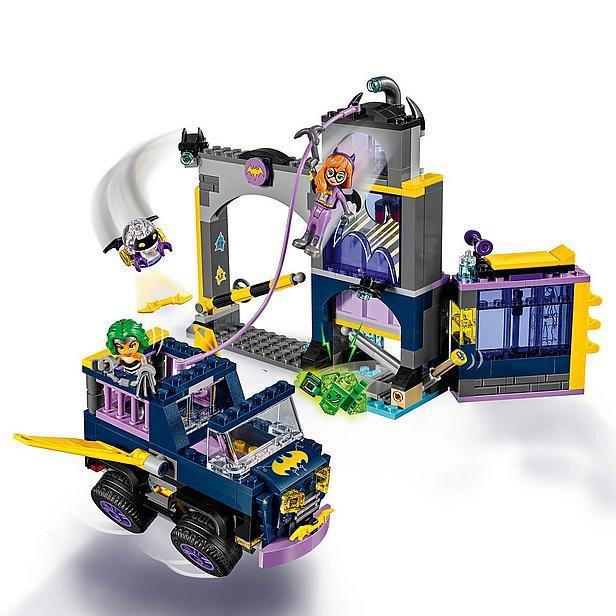 LEGO 41237 Super Heroes Girls: Batgirl geheime bunker