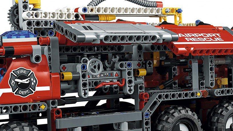 LEGO 42068 Technic: Vliegveld-reddingsvoertuig