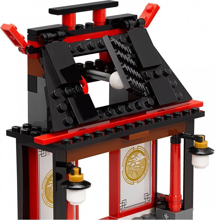 LEGO Ninjago 70590: Airjitzu Temple Grounds