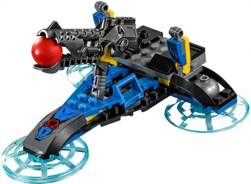 LEGO DC Comics Super Heroes - Darkseid Invasie 76028