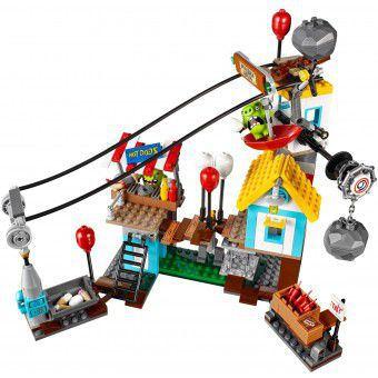 LEGO Angry Birds Pig  Sloopfeest 75824